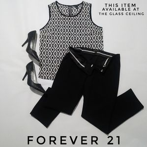 FOREVER 21 SLEEVELESS TOP SIZE S